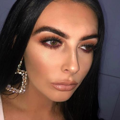 paras dating sites Georgian Keltaiset hampaat dating