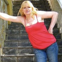 luluSingles: Anneelk - Woman, 52 - Preston, Lancashire | Online Dating Site for Serious Singles