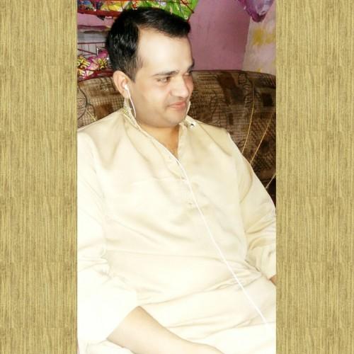 luluSingles: Zeeshan - Man, 34 - Lahore, Punjab | Online Dating Site for Serious Singles
